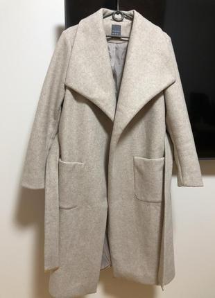 Пальто удлинённое primark молочное под пояс с карманами весна осень