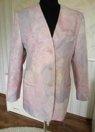Красивый пиджак жакет в пастельных тонах, размер 48-50 (40 евро).