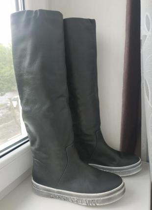 Новые демисезонные кожаные сапоги