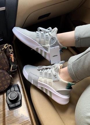 Женские кроссовки adidas equipment basket white/grey, белые/серые5 фото
