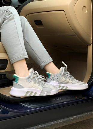 Женские кроссовки adidas equipment basket white/grey, белые/серые6 фото