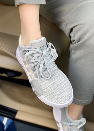 Женские кроссовки adidas equipment basket white/grey, белые/серые9 фото