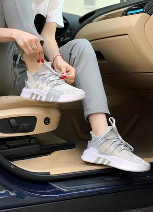 Женские кроссовки adidas equipment basket white/grey, белые/серые1 фото
