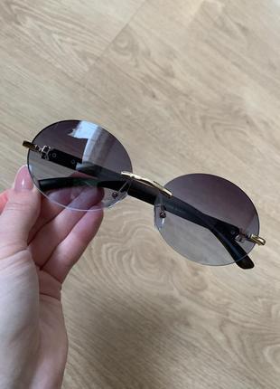 Стильные овальные солнцезащитные очки безоправные 2021 года2 фото