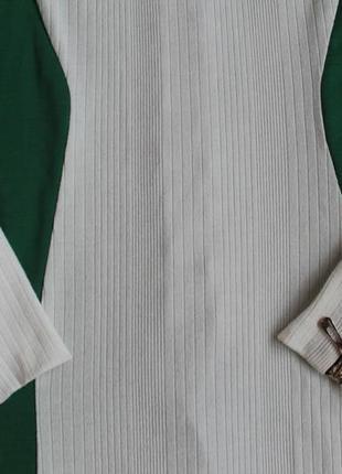 Красивое платье в отличном состоянии,размер s2