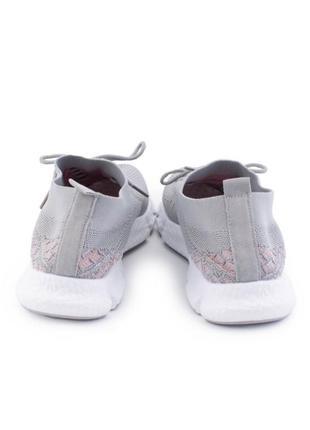 Женские серые кроссовки на шнуровке4 фото