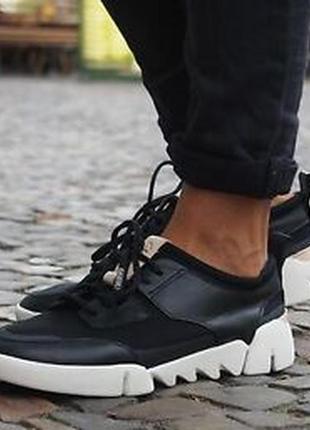 Кожаные легкие кроссовки clarcks