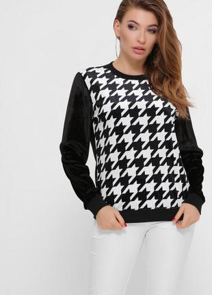 Чорно-белый черный и белый свитшот с капюшоном с принтом теплый тёплый кофта світшот