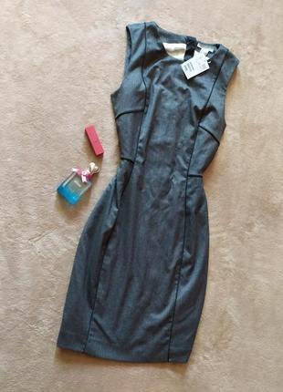 Офисное качественное базовое платье футляр сзади на молнии