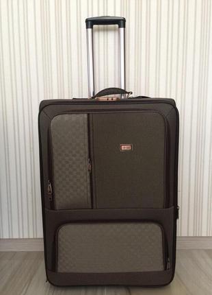Акция на складе большой чемодан  польша 75 см -  валіза
