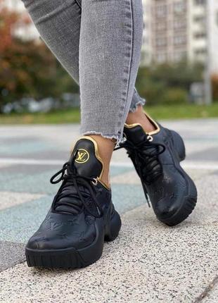 Кроссовки кожаные черные с золотом
