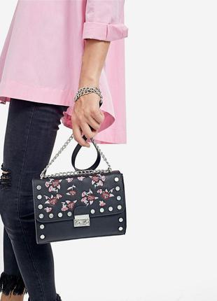 Новая сумка с вышивкой stradivarius