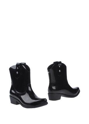 Черные ботинки melissa