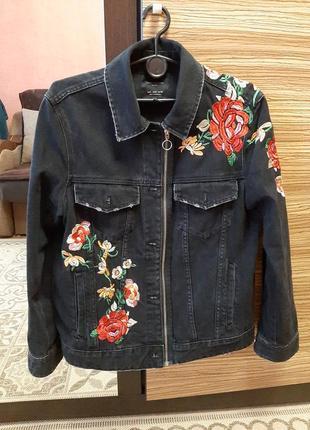 Куртка женская zara.