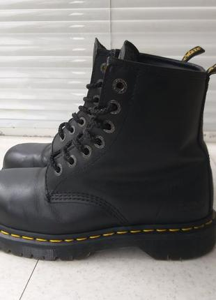 Ботинки dr. martens industrial