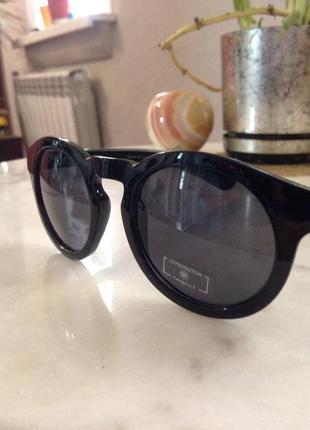 Оригинальные солнцезащитные очки. торг.