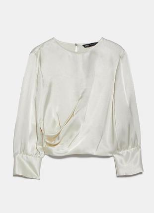 Атласная блуза zara зара молочного цвета укороченная