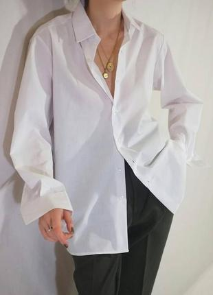 Базовая белая рубашка большого размера