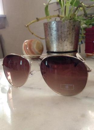 Стильные солнцезащитные очки. торг. торг.