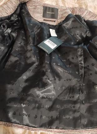 Пиджак жакет женский красивый интересный латэ бежевый коричневый капучино блестящий9 фото