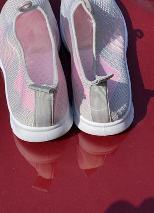 Летние серо-розовые текстильные кроссовки2 фото