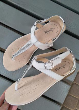 Р.41 clarks (оригинал) кожаные босоножки сандалии.