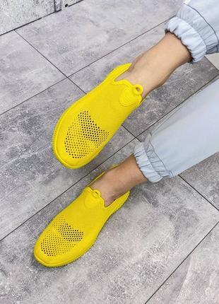 Кроссовки желтые женские текстиль4 фото