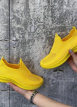 Кроссовки желтые женские текстиль3 фото
