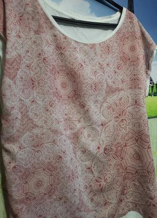 Футболка нежной расцветки, нарядная2 фото