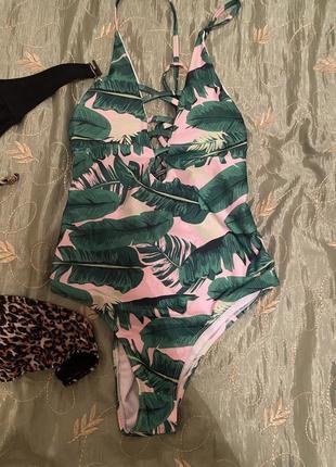 Шикарный сдельный купальник тропики листья