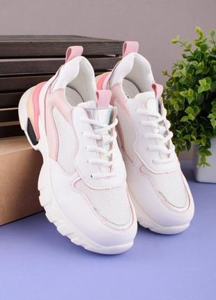 Женские кроссовки на шнуровке1 фото