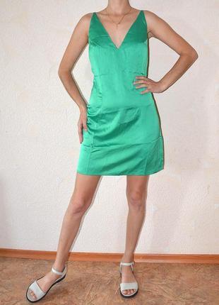 Шикарное платье с бантом на спине🌺
