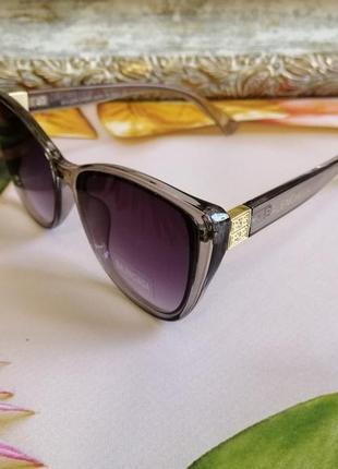 Эксклюзивные брендовые серые прозрачные солнцезащитные женские очки лисички 2021