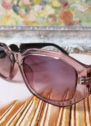 Эксклюзивные брендовые солнцезащитные женские очки4 фото