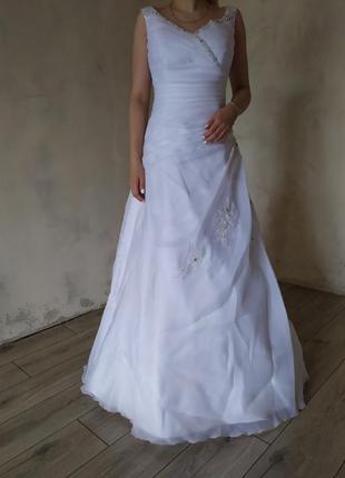 Свадебное платье +фата, подъюпник, болеро, р.м