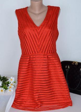 Брендовое красное нарядное короткое мини платье без рукавов h&m румыния этикетка