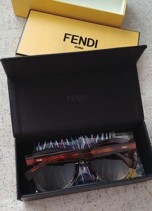 Сонцезахисні окуляри / очки fendi / оригинал!