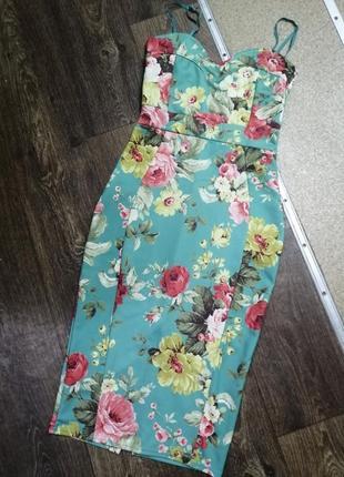 Платье принт по фигуре