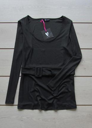 Блуза в рубчик на поясе от v by very