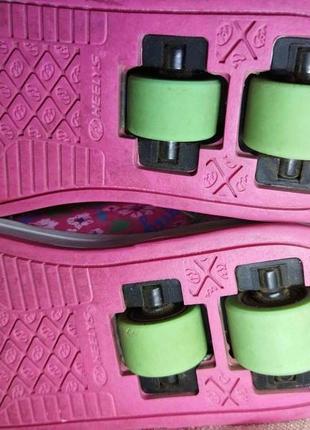 22 см. heelys. кроссовки на колесах в отличном состоянии3 фото