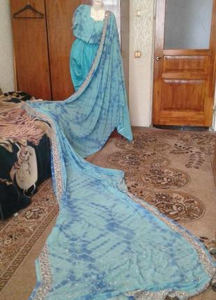 Индийское сари  с вышивкой