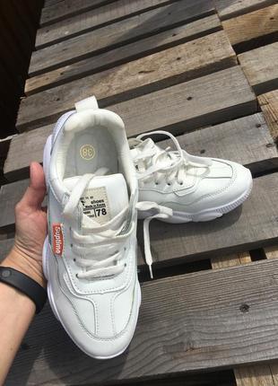 Кожаные кроссовки4 фото