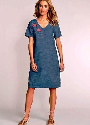 Новое легкое платье из денима(хлопок) свободного кроя с вышивкой
