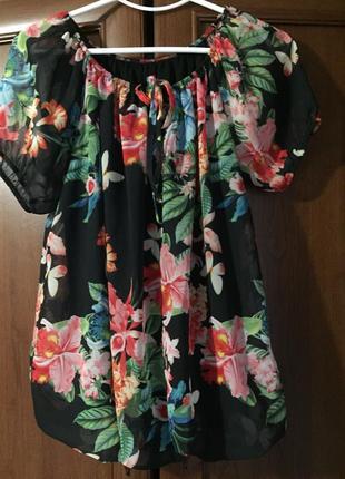 Яркая шифоновая блузка италия