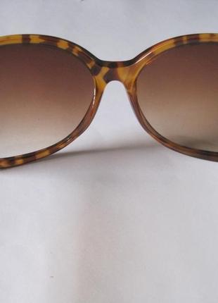 22 элегантные солнцезащитные очки3 фото