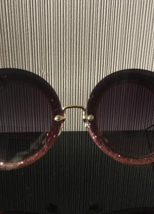 Солнцезащитные брендовые очки