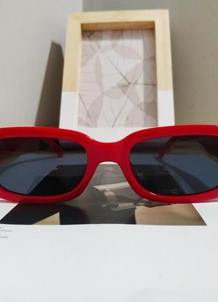 Тренд красные солнцезащитные очки тренд узкие ретро новые окуляри сонцезахисні червоні3 фото