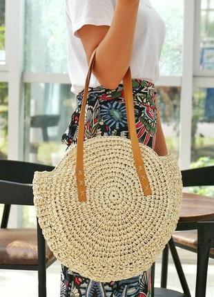 Соломенная плетёная сумка на лето на пляж