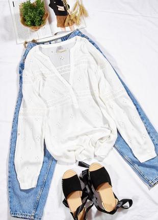 Белая рубашка женская в стиле бохо