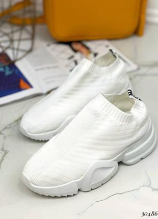 Кроссовки текстильные без шнурков